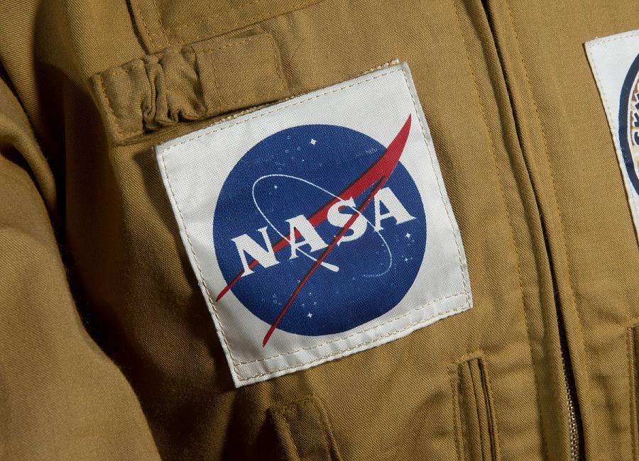 Square NASA Patch on Joe Kerwin's tan woven durette Skylab 2 Jacket