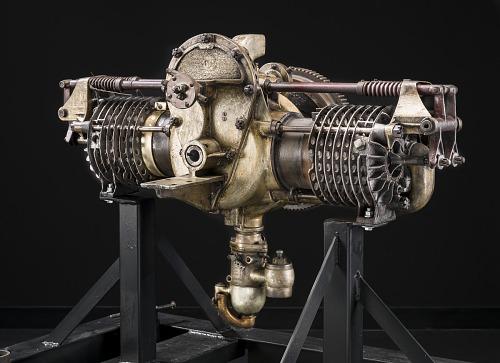Detroit Horizontally-Opposed 2-Cylinder Engine