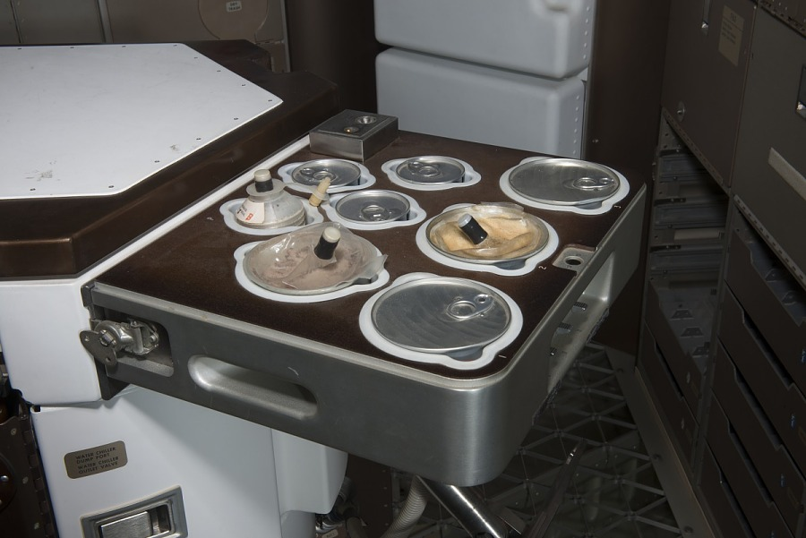 Side of Skylab Food Heating Tray with eight circular openings for food