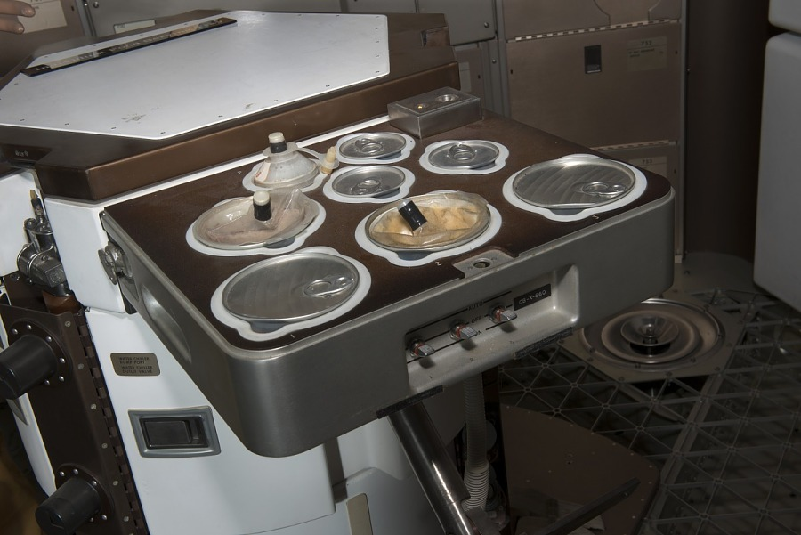 Skylab Food Heating Tray with eight circular openings for food
