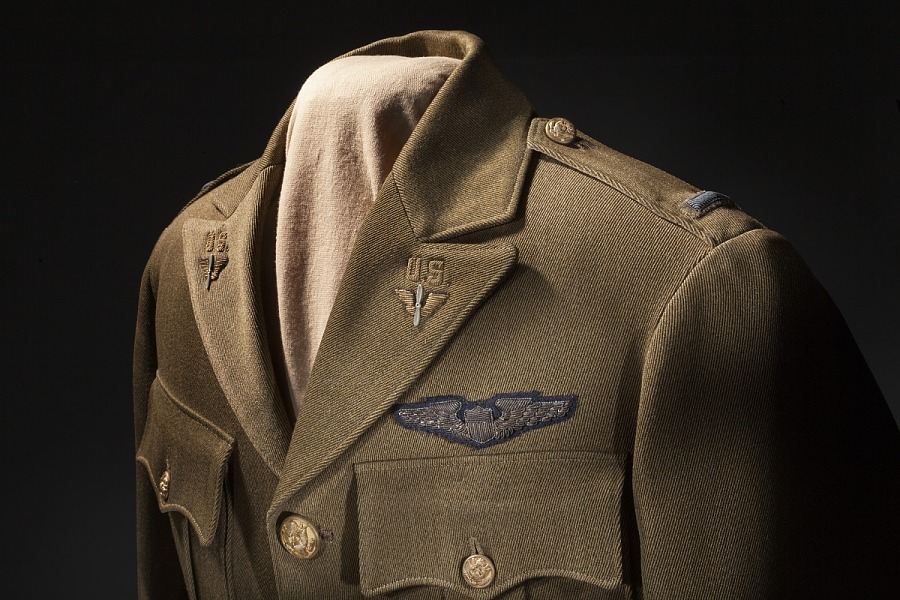 Closeup view of collar and insignia from tan United States Army Air Corps Service Officer Coat