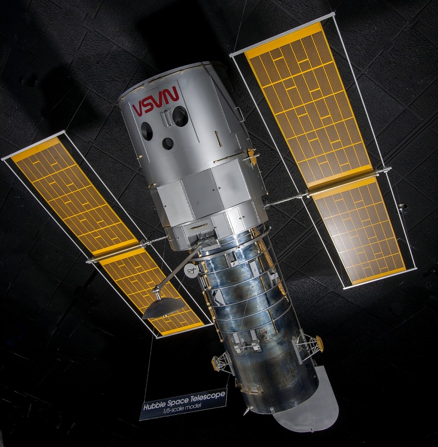 Overall view of the Hubble Space Telescope Model hanging in museum