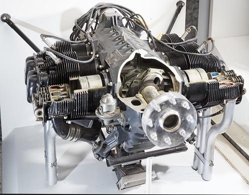 Continental C-125-2 Horizontally-opposed Engine