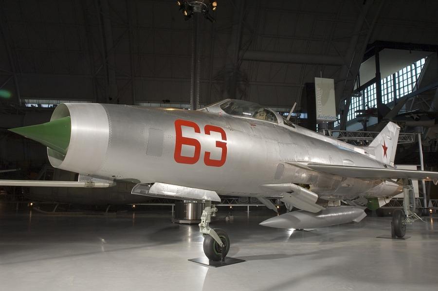 Mikoyan-Gurevich MIG 21F-13 FISHBED-C