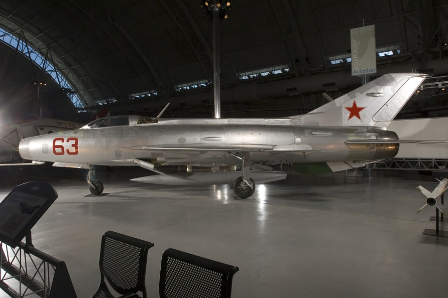 Mikoyan-Gurevich MIG 21F-13 FISHBED-C