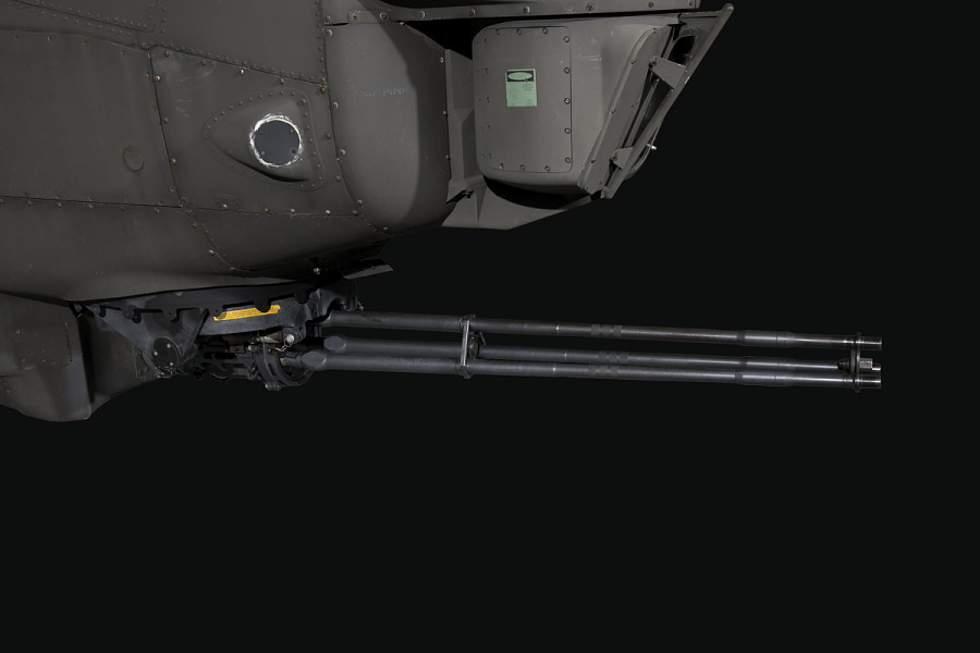 20mm Cannon attached to Bell AH-1F Cobra M197