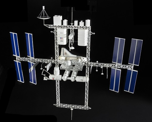 Model, Space Station, Dual Keel