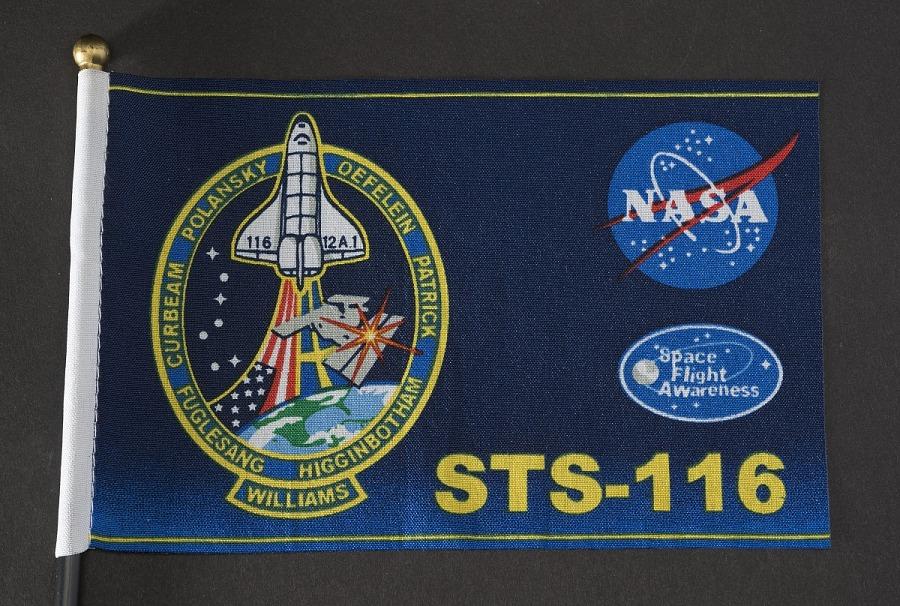 Flag, STS-116, Atlantis-ISS