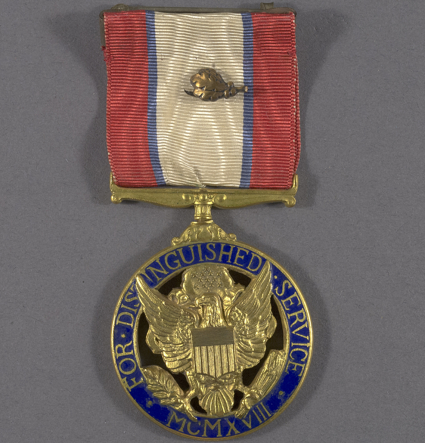 Medal, Distinguished Service Medal, United States Army, Gen. Claire Chennault