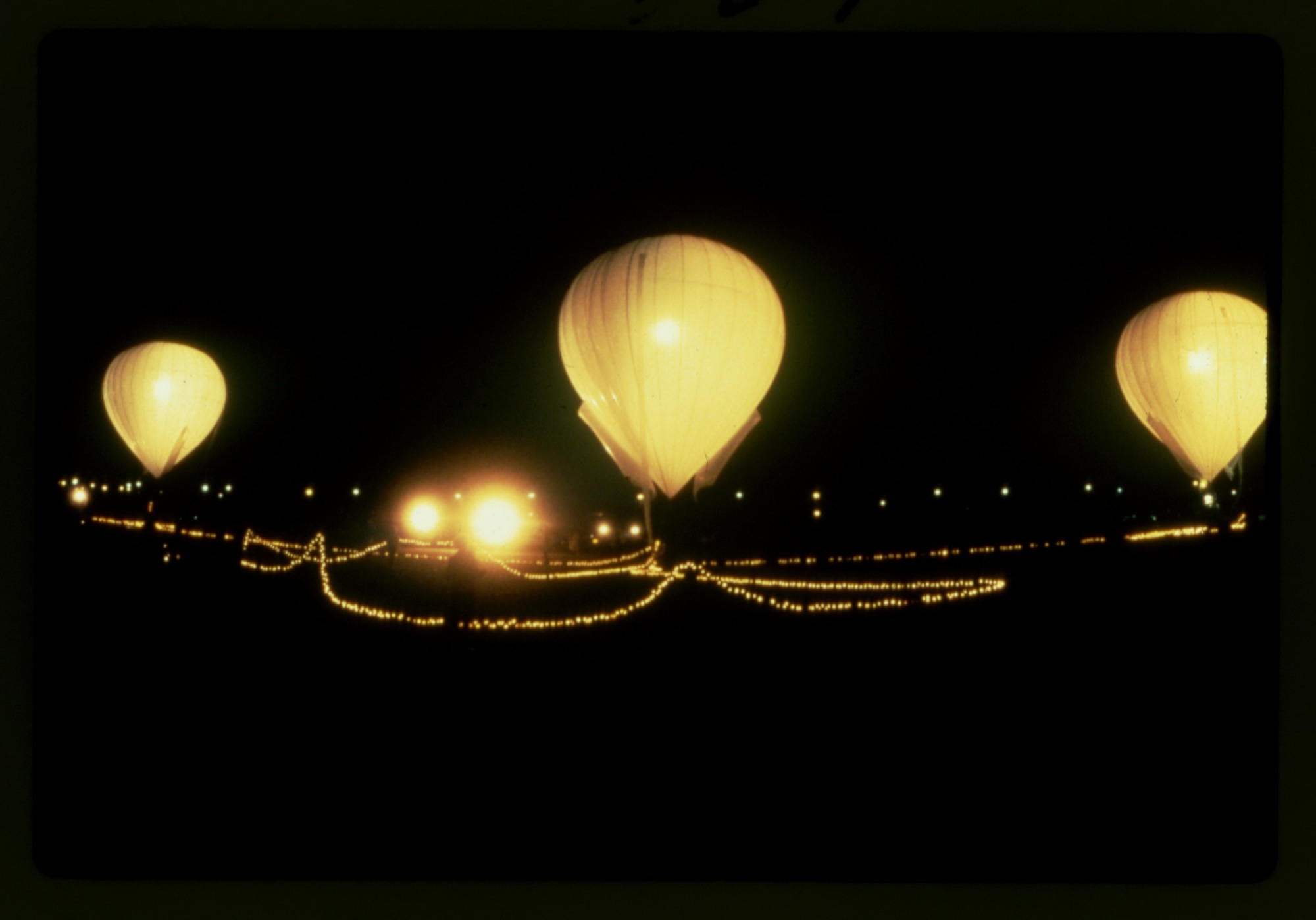 images for Lighter than Air (LTA), Balloons, General; Simons, Vera. photograph