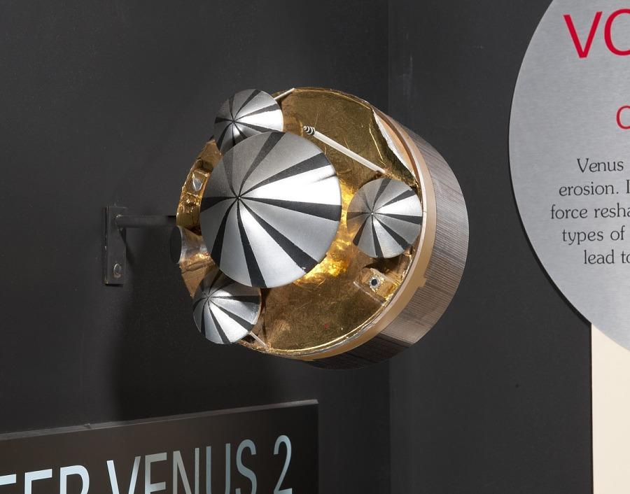 Model, Planetary Probe, Pioneer Venus Multiprobe