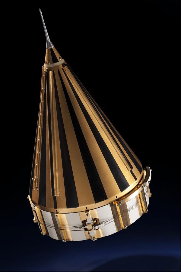Satellite, Pioneer IV