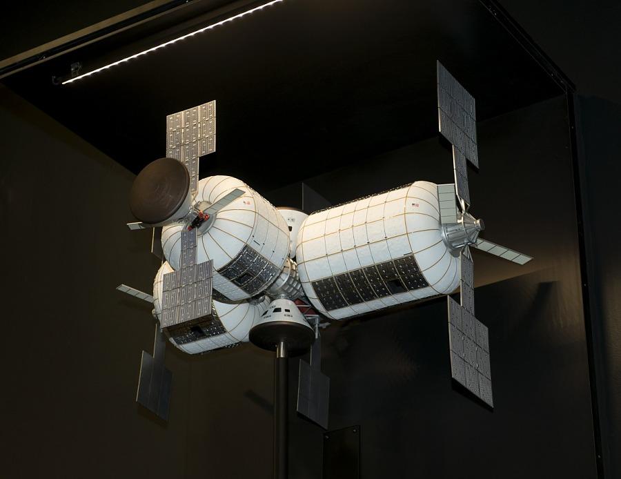 Model, Space Station, Bigelow Aerospace, 1:30