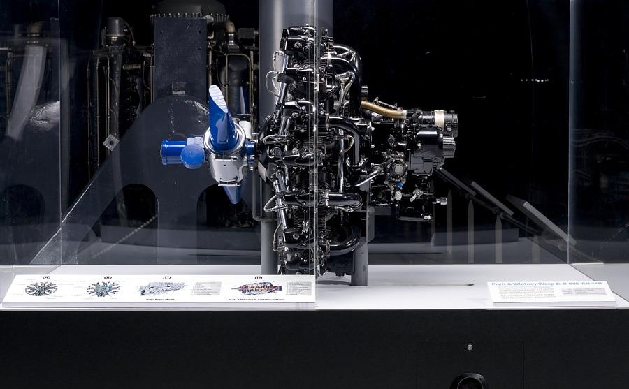 "Pratt & Whitney Wasp Jr. R-985-AN-14B ""Dancing Engine"""