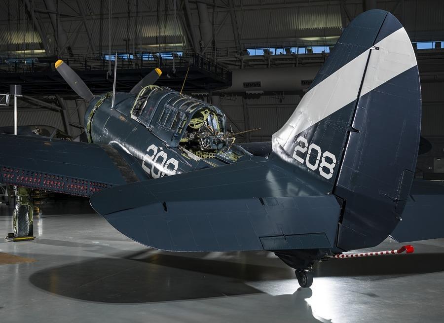Curtiss SB2C-5 Helldiver