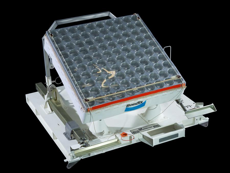 Laser Ranger Retro-Reflector, Apollo