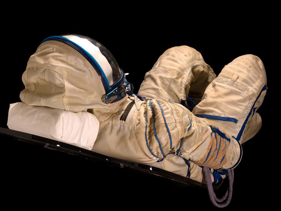 Pressure Suit, Sokol KV-2, Dennis Tito