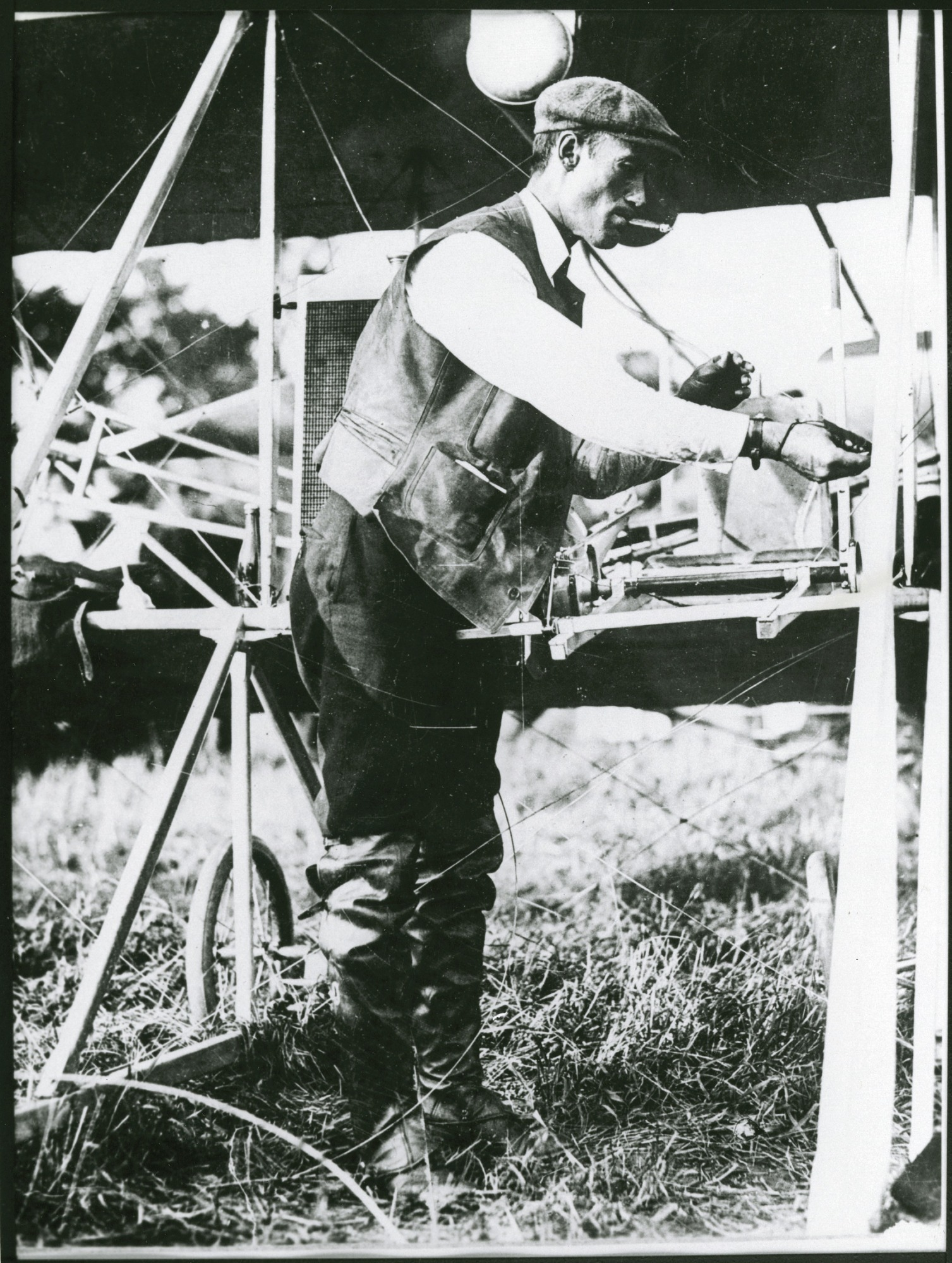 Cal Rodgers and the Vin Fiz: The First Transcontinental Flight Collection
