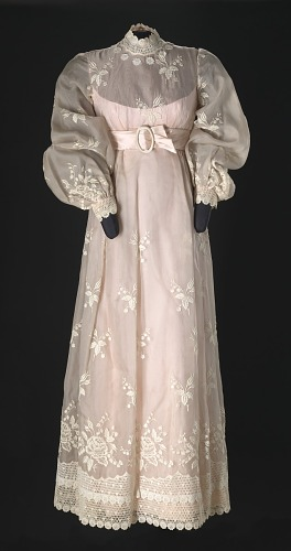Image for Dress worn by Diahann Carroll on the television show Julia