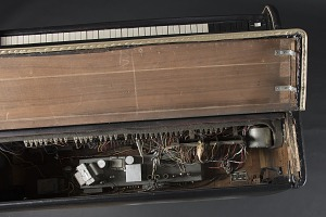 images for Hammond B-3 organ owned by James Brown-thumbnail 8
