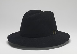 Fedora worn by Michael Jackson during Victory tour