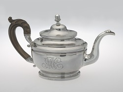 Teapot made by Peter Bentzon