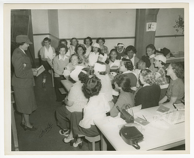 Photograph of Frances Albrier teaching a first aid class