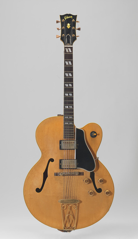 "Image for Electric guitar belonging to Chuck Berry, nicknamed ""Maybellene"""