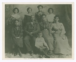 Photograph of the Cotten family