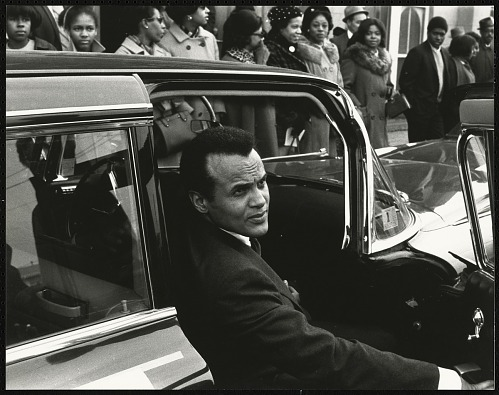 Image for Harry Belafonte prepares to go inside Ebenezer Baptist Church for Dr. King's memorial service