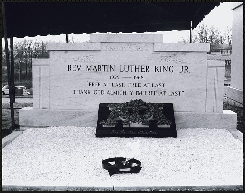 Image for Wreath and eternal flame laid in front of Martin Luther King, Jr.'s tomb at Southview Cemetery