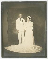 Wedding portrait of Lollaretta Pemberton and Grover Allen