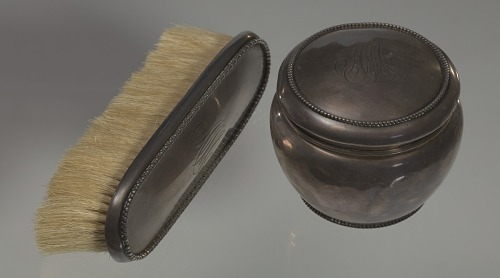 Image for Silver brush owned by members of the Ellis family