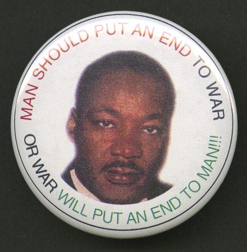 Image for Pinback button featuring Martin Luther King Jr.