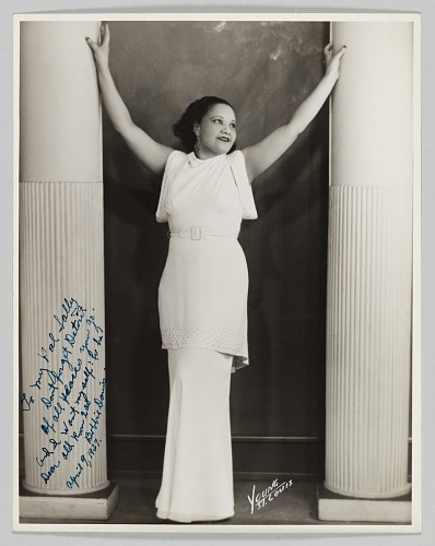 Image for Photograph of Bobbie Davis
