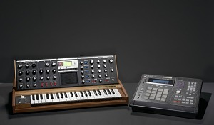 images for Minimoog Voyager synthesizer used by J Dilla-thumbnail 2