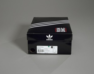images for Pair of white and black Run-D.M.C. Superstar 80s sneakers made by Adidas-thumbnail 18