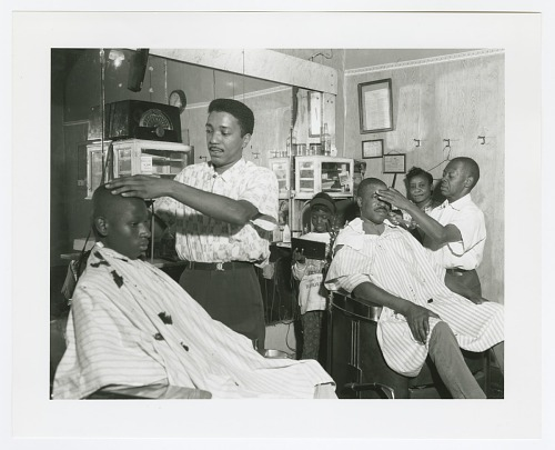 Image for Photographic print of Johnny Gator's barbershop