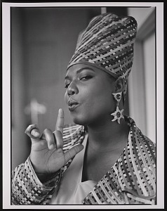 """images for Photograph of Queen Latifah during the filming of """"Fly Girl"""" video-thumbnail 5"""