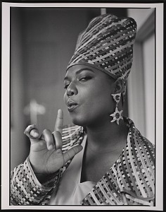 """images for Photograph of Queen Latifah during the filming of """"Fly Girl"""" video-thumbnail 7"""
