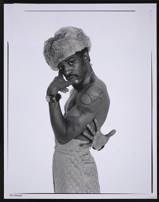 Photograph of André 3000 of Outkast at a Spin magazine photo shoot