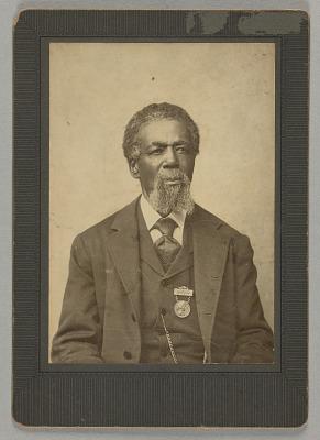 Cabinet card portrait of Thomas Mundy Peterson