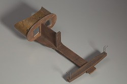 Wooden stereoscope
