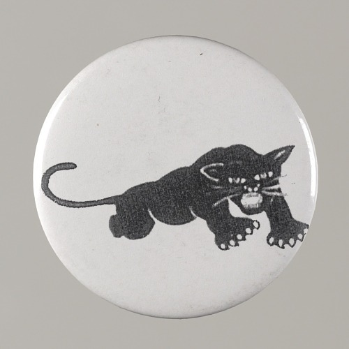 Image for Pinback button with a black panther on it, from the MMM 20th Anniversary