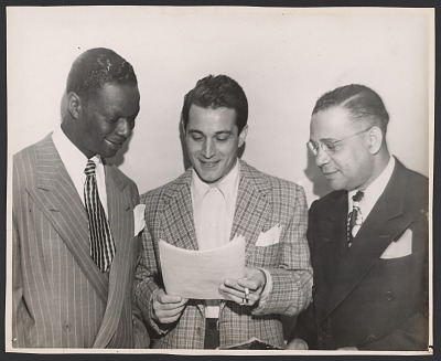 Gelatin silver print of Nat King Cole, Perry Como, and Chester Dudley