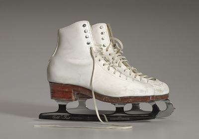 Pair of white figure skates worn by Debi Thomas