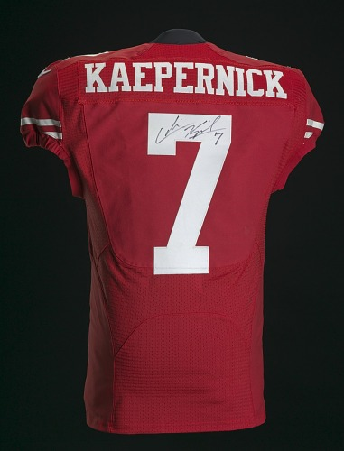 cheap for discount 5afd3 af511 Football jersey signed by Colin Kaepernick | National Museum ...