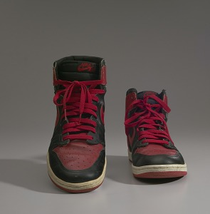 images for Pair of red and black Air Jordan I high top sneakers made by Nike-thumbnail 12