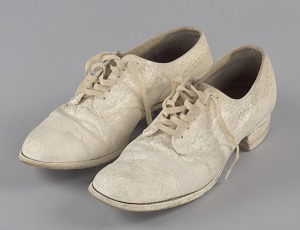 images for Pair of nurse's shoes worn by Pauline Brown Payne-thumbnail 1