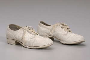 images for Pair of nurse's shoes worn by Pauline Brown Payne-thumbnail 9